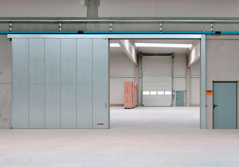 Противопожарные ворота для промышленных и складских помещений